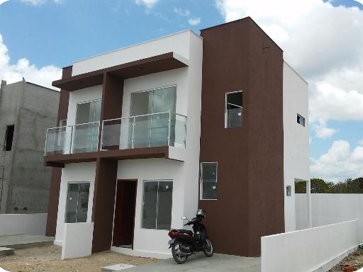 Finaliza la construcción de las dos primeras viviendas